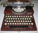 Typewriter Restoration Royal Portable 1